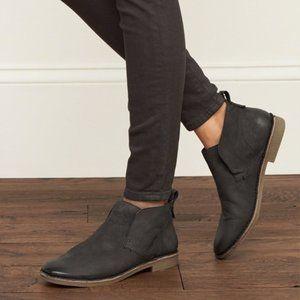 Dolce Vita Findley Gray Suede Slip On Desert Boots